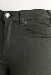Dr.Denim - DEZIE  - Jeans Skinny Fit - riot green - 5