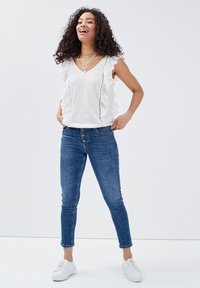 BONOBO Jeans - Blusa - ecru - 1