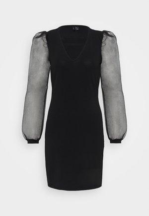 VMALBERTA PUFF V-NECK DRESS  - Robe en jersey - black