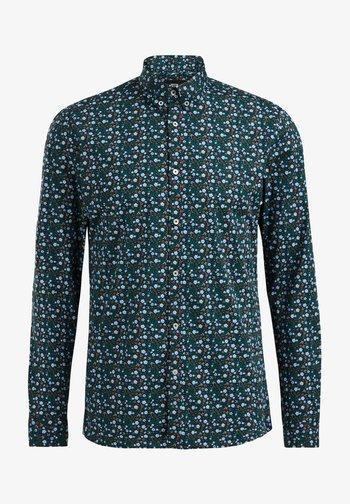 SLIM FIT - Camicia - green