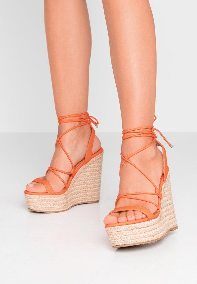 HULA - Sandalen met hoge hak - orange neon