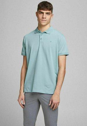 JPRBLALOGO SPRING - Polo shirt - cameo blue