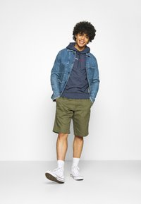 Tommy Jeans - STRAIGHT LOGO HOODIE - Mikina - blue - 1