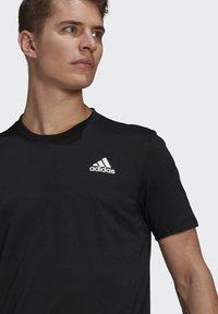 adidas Performance - AEROREADY DESIGNED 2 MOVE SPORT T-SHIRT - T-shirts med print - black - 3