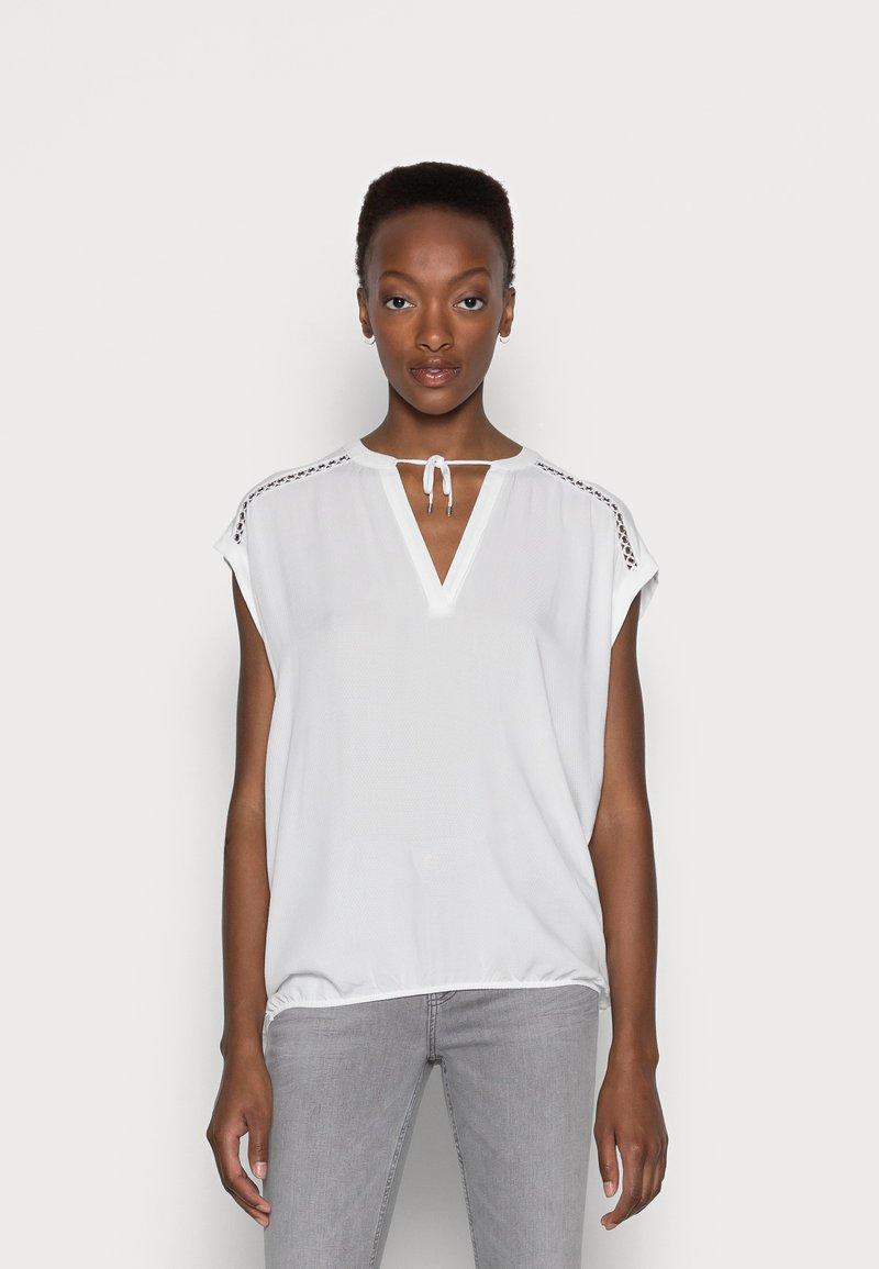 s.Oliver - Print T-shirt - offwhite
