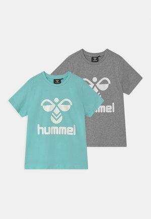 TRE DOUBLE 2 PACK UNISEX - Print T-shirt - blue tint/grey melange