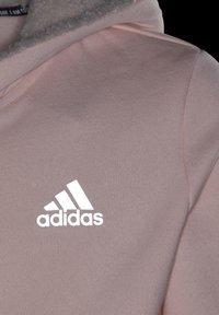 adidas Performance - MUST HAVES WINTER LOGO - Hoodie met rits - pink - 4