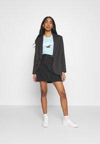 Hollister Co. - TIMELESS - Print T-shirt - light blue - 1