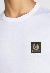 Belstaff - SHORT SLEEVED - T-shirt basic - white - 4