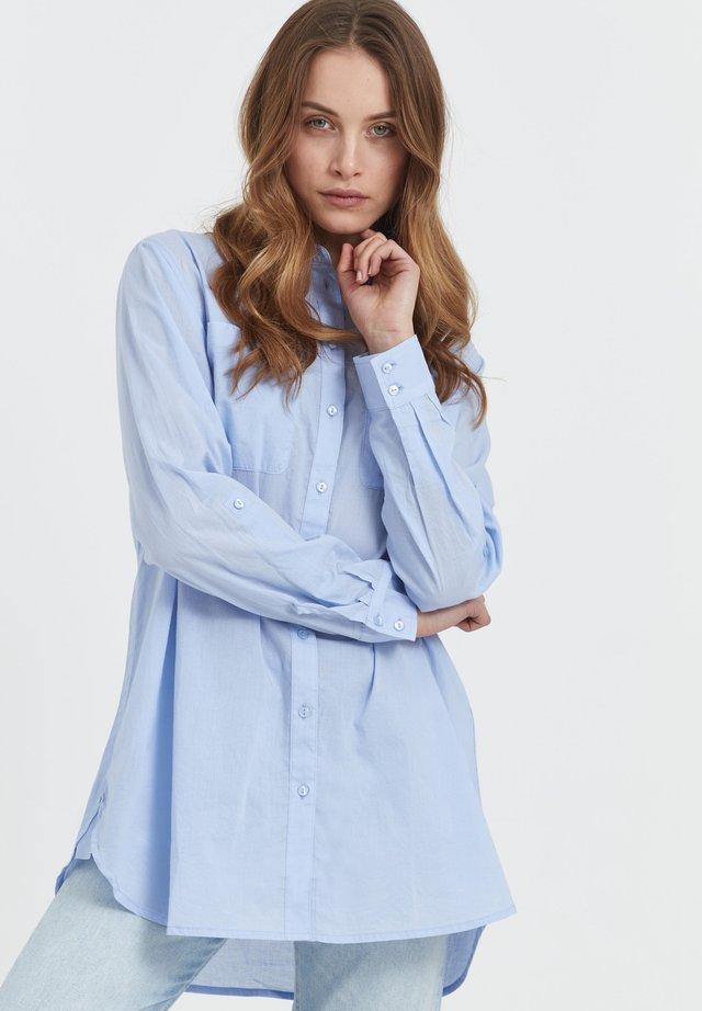 SAVANNAH - Camicia - brunnera blue