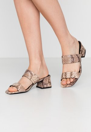 VMELIA  - Heeled mules - brownie