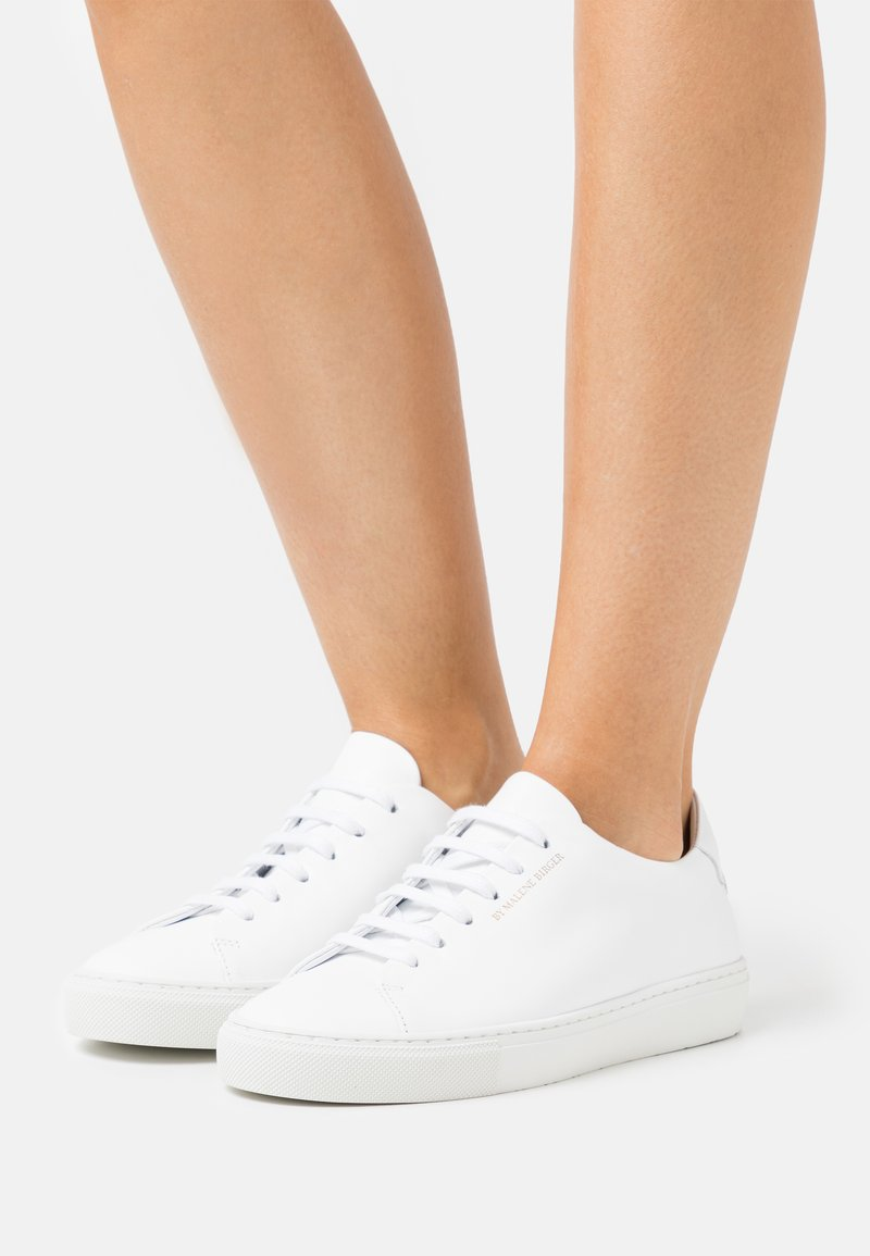 By Malene Birger - EXCLUSIVE SANDIE - Trainers - white/gold