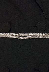 Missguided - BELT BLAZER DRESS - Koktejlové šaty/ šaty na párty - black - 2