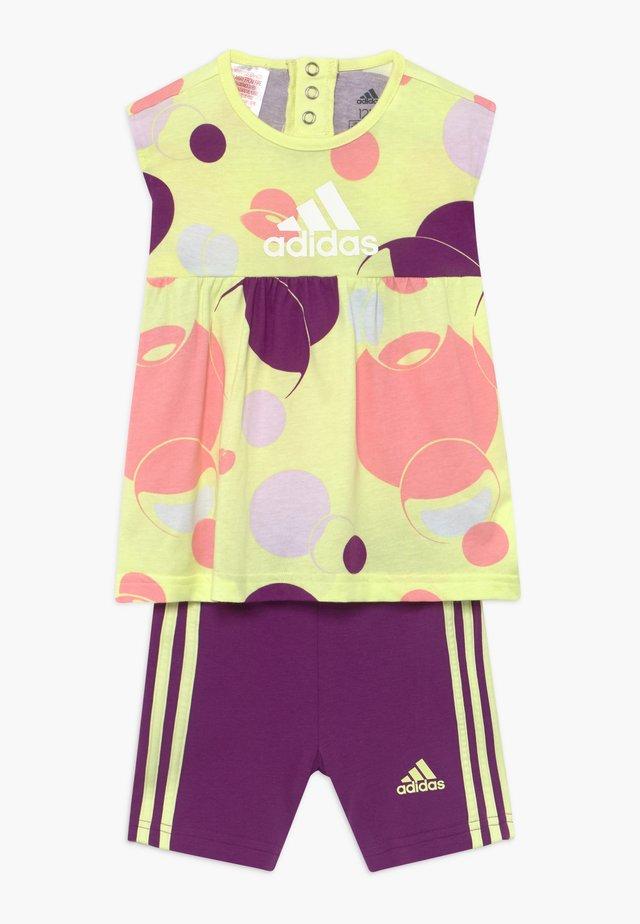 SET  - Sports shorts - multi-coloured/purple