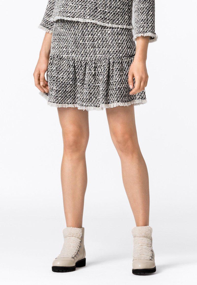 HALLHUBER - MIT VOLANT - Mini skirt - multicolor