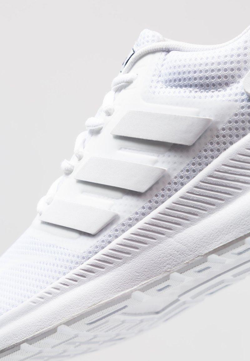 Biblia equipo físico  adidas Performance RUNFALCON - Zapatillas de running neutras - footwear  white/blanco - Zalando.es