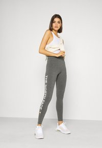 The North Face - SLOGAN - Leggings - Trousers - medium grey heather - 1