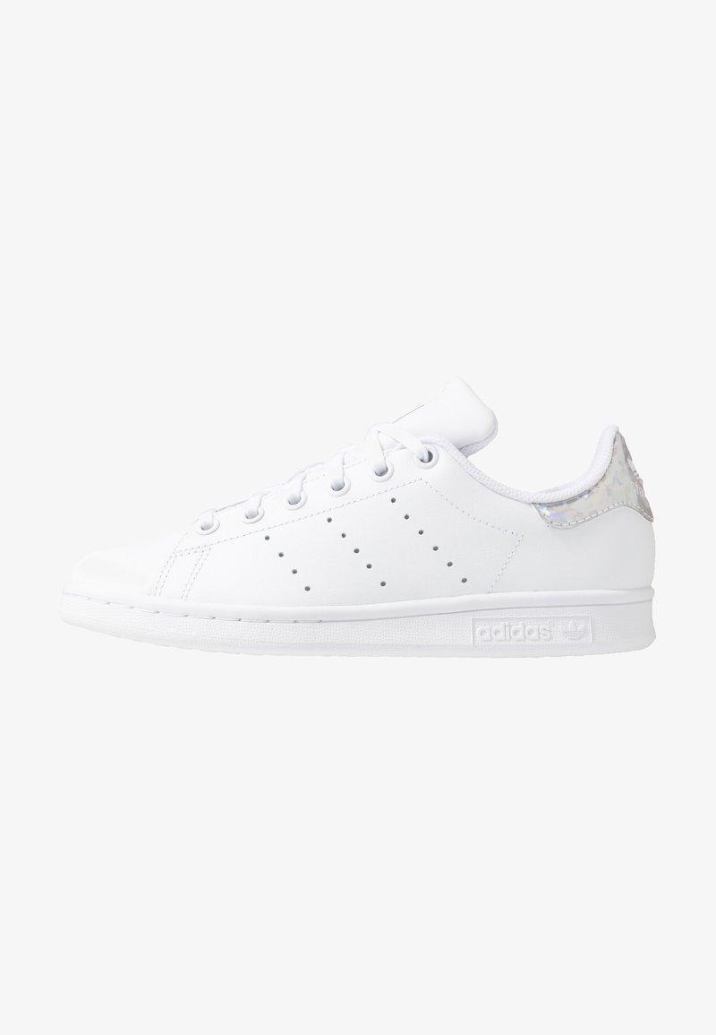 adidas Originals - STAN SMITH - Sneakersy niskie - footwear white/core black