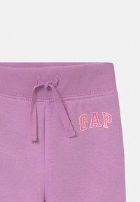 GAP - TODDLER GIRL  - Pantaloni - purple rose - 2