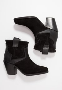 Buffalo - JODIE - Ankle boots - black - 3