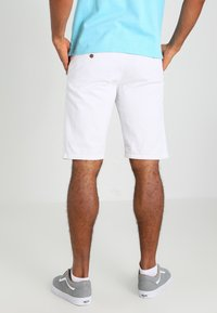 INDICODE JEANS - ROYCE - Shorts - offwhite - 2