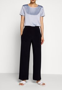 Max Mara Leisure - GALLURA - Trousers - ultramarine - 0