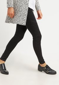 ONLY - ONLROYAL - Jeans Skinny Fit - black - 3