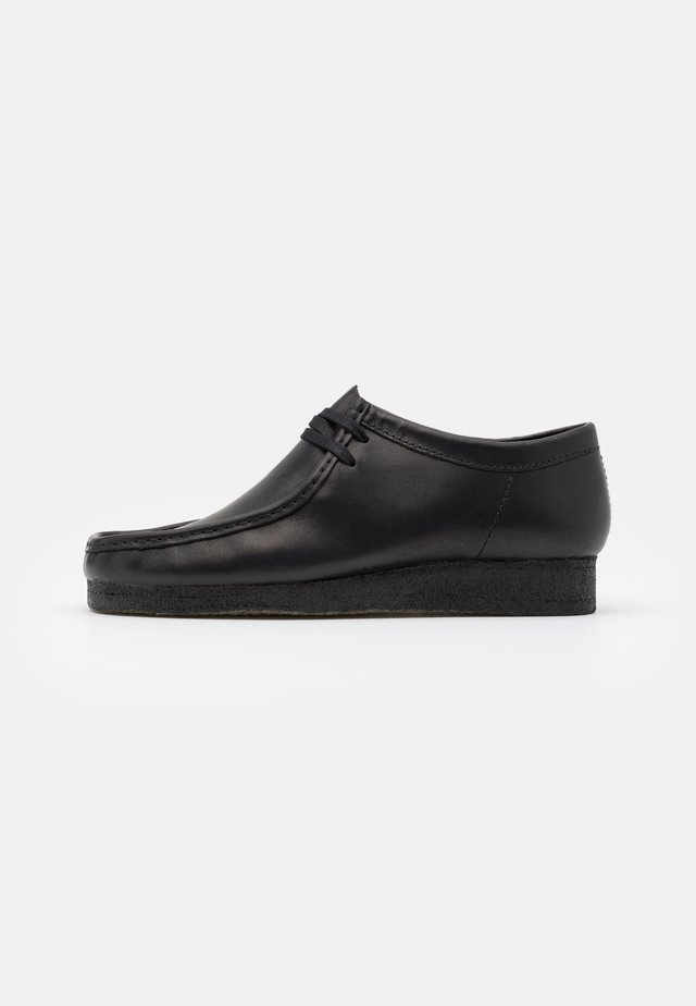 WALLABEE - Casual snøresko - black