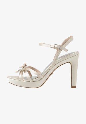 Sandaletter - pearl
