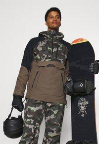 Volcom - HUNTER PANT - Snow pants - olive - 3