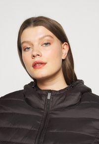 ONLY Carmakoma - CARTAHOE HOOD JACKET  - Light jacket - black - 3