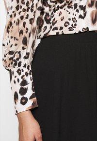 Vero Moda Curve - VMEY BELOW KNEE SKIRT - A-line skirt - black - 4