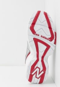 New Balance - WX452 - Sneakers - white/black/team red - 4