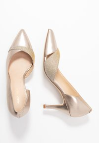 Anna Field Wide Fit - LEATHER CLASSIC HEELS - Klassiske pumps - gold - 3