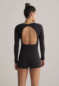 OYSHO - SHORT COMFORT  - Gym suit - black - 2