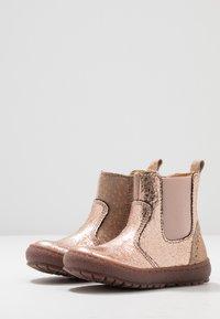 Bisgaard - BOOTIES - Støvletter - rose gold - 3