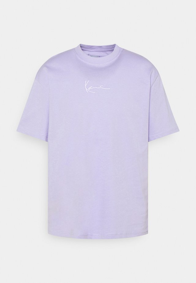 UNISEX SMALL SIGNATURE ESSENTIAL TEE - T-shirt basic - lilac