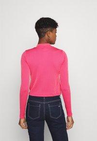 Nike Sportswear - AIR MOCK - Long sleeved top - fireberry/bright mango/white - 2