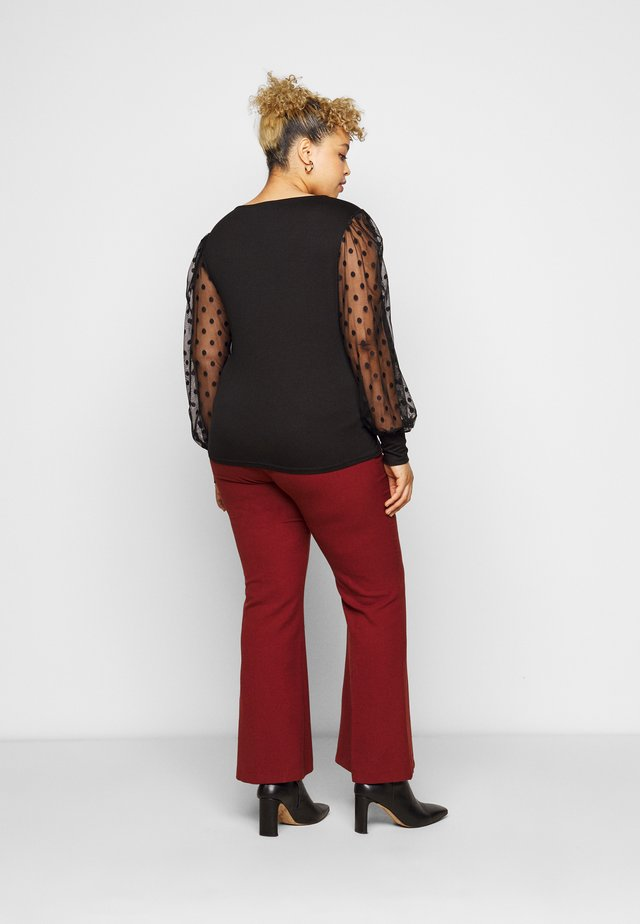 SPOT SQUARE NECK - Long sleeved top - black