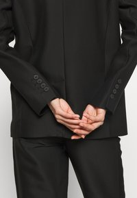 DESIGNERS REMIX - HAILEY - Short coat - black - 4