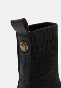 Kurt Geiger London - ELMER BOOT - Classic ankle boots - black - 6