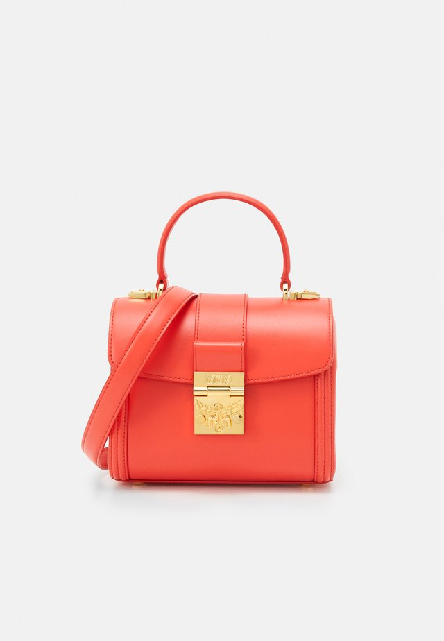 TRACY SATCHEL SMALL - Handbag - fiesta