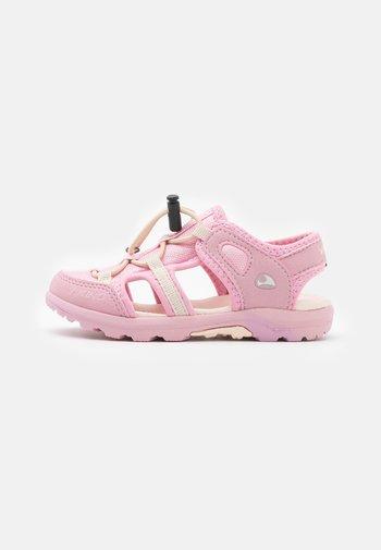 SANDVIKA - Trekkingsandaler - light pink/pink