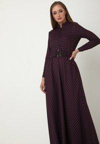 Madam-T - ALLTAGS EVELINA - Maxi dress - lila - 6