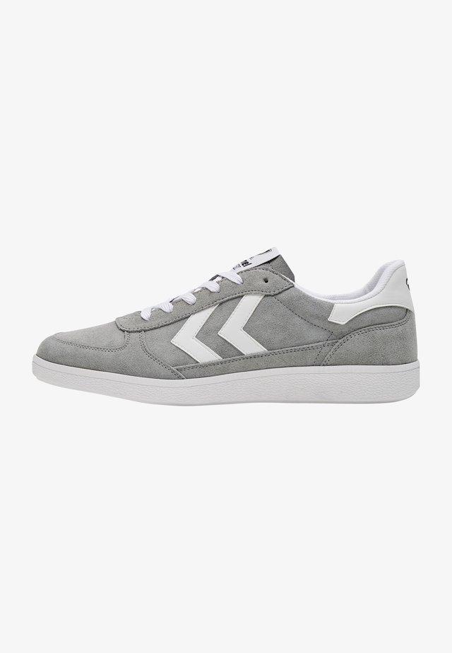 VICTORY - Sneakersy niskie - grey
