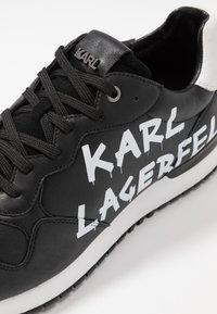 KARL LAGERFELD - VELOCITOR II METEOR BRUSH LOGO - Zapatillas - black/white - 5