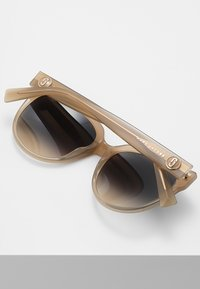 Marc Jacobs - MARC - Sunglasses - champagne - 3