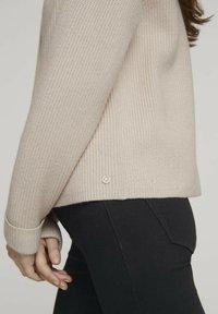 TOM TAILOR DENIM - Cardigan - soft beige - 4