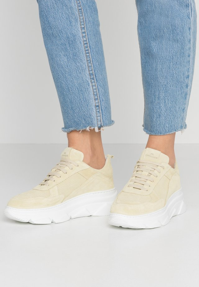 CPH61 - Trainers - lime