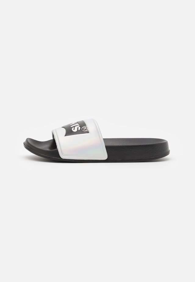 POOL 02 UNISEX - Mules - black/metallic silver